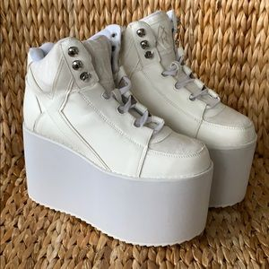 NIB YRU White Qozmo High Platform Sneakers